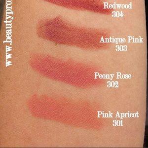 Burberry Makeup - Burberry Lip Velvet Lipstick in Pink Apricot